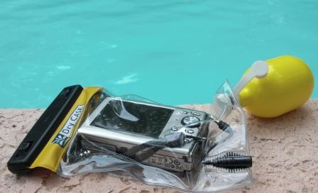 The vacuum seal assures a waterproof dry camera